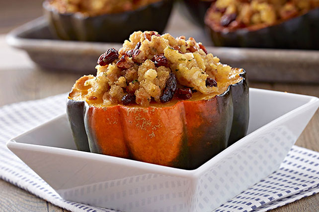 Thanksgiving Recipes Baked Acorn Squash